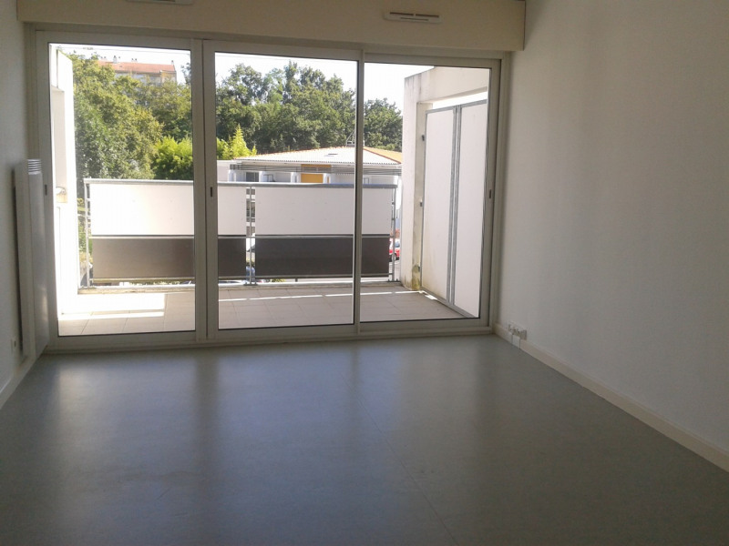 Rental apartment Anglet 420€ CC - Picture 1