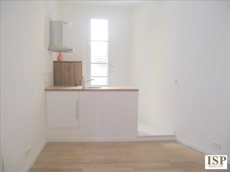 Location appartement Aix en provence 617€ CC - Photo 6