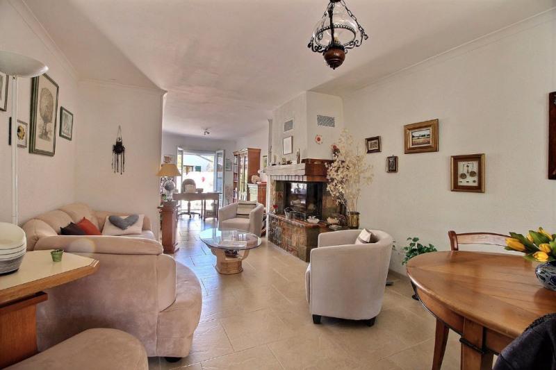 Vente maison / villa Rodilhan 210500€ - Photo 1