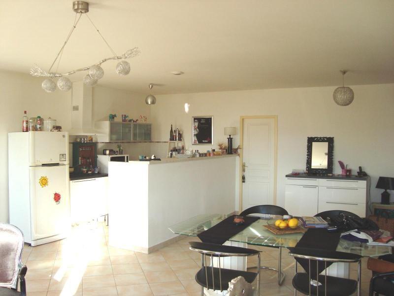 Location appartement Trets 940€ CC - Photo 3