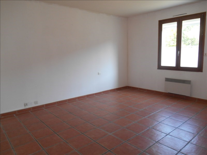 Location maison / villa Carpentras 1 140€ CC - Photo 5