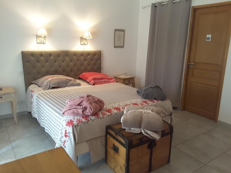 Location maison / villa St maximin 2350€ CC - Photo 5