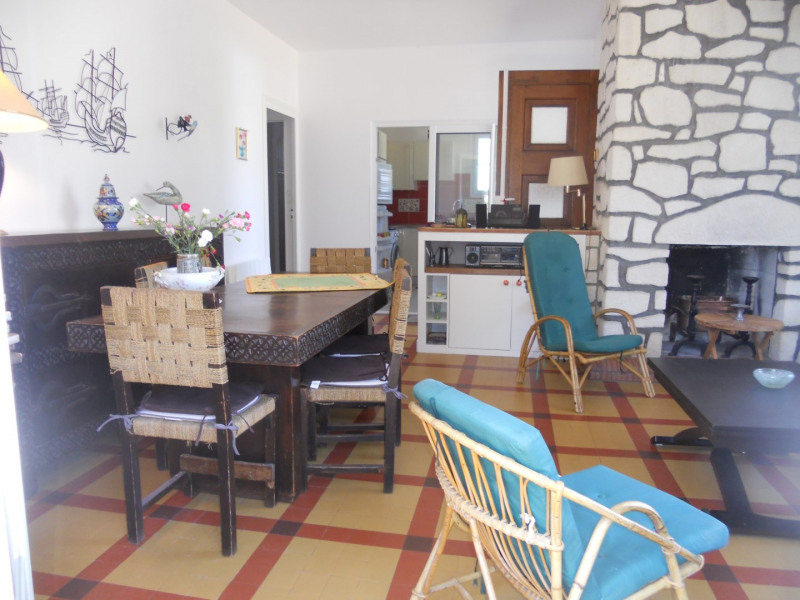 Vacation rental house / villa Saint georges de didonne 1 200€ - Picture 4