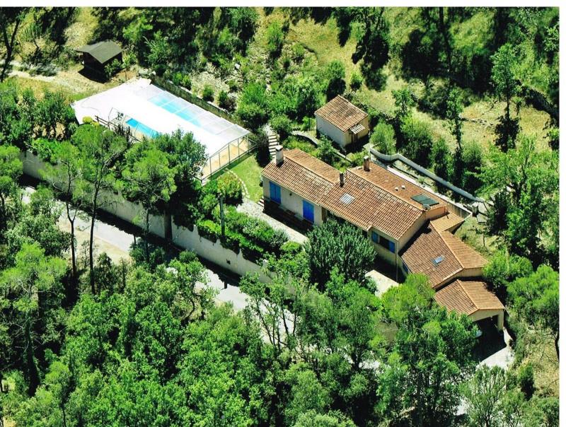 Sale house / villa Entrecasteaux 358000€ - Picture 1
