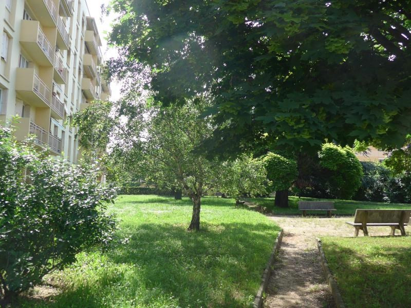 Location appartement Caluire 699€ CC - Photo 7