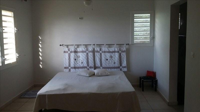Sale house / villa St claude 390000€ - Picture 5