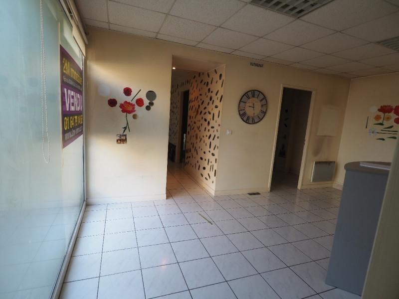 Vente boutique Melun 102300€ - Photo 4