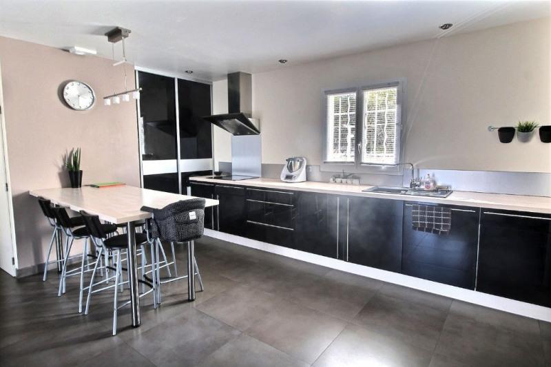 Vente maison / villa Beaucaire 304500€ - Photo 3