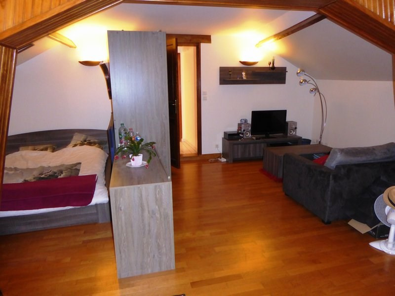 Rental apartment Guyancourt 783€ CC - Picture 2