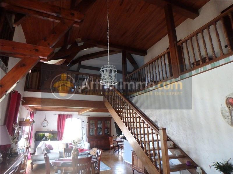 Vente maison / villa St etienne du bois 305000€ - Photo 4