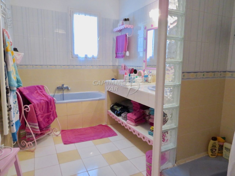 Sale house / villa Le beausset 485000€ - Picture 14