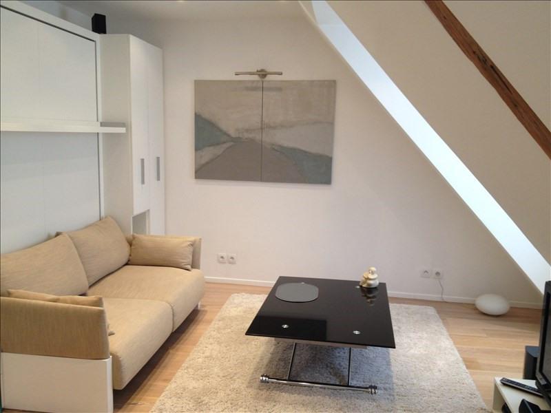 Location appartement Paris 7ème 1135€ CC - Photo 2