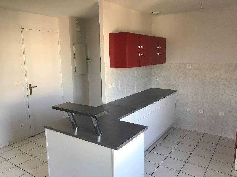 Location appartement Vernaison 700€ CC - Photo 2