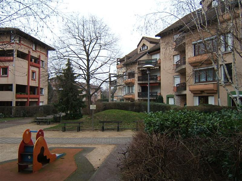 Rental apartment Chambery 730€ CC - Picture 1