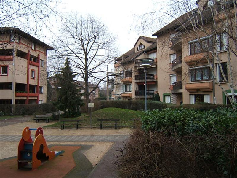 Verhuren  appartement Chambery 730€ CC - Foto 1