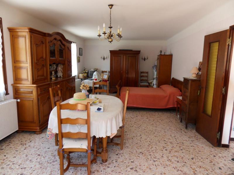 Sale house / villa Entraigues sur la sorgue 260000€ - Picture 4