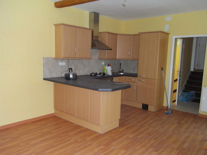 Rental house / villa Charly 808€ CC - Picture 2
