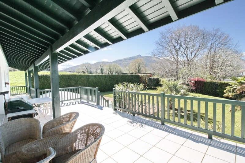 Deluxe sale house / villa Ascain 765000€ - Picture 1
