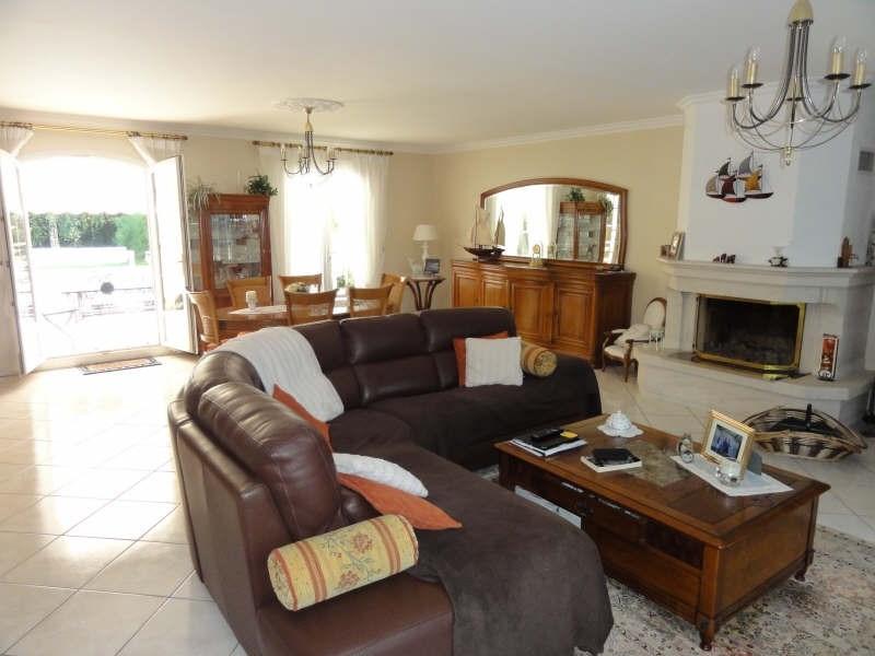 Deluxe sale house / villa Montfort l amaury 750000€ - Picture 4