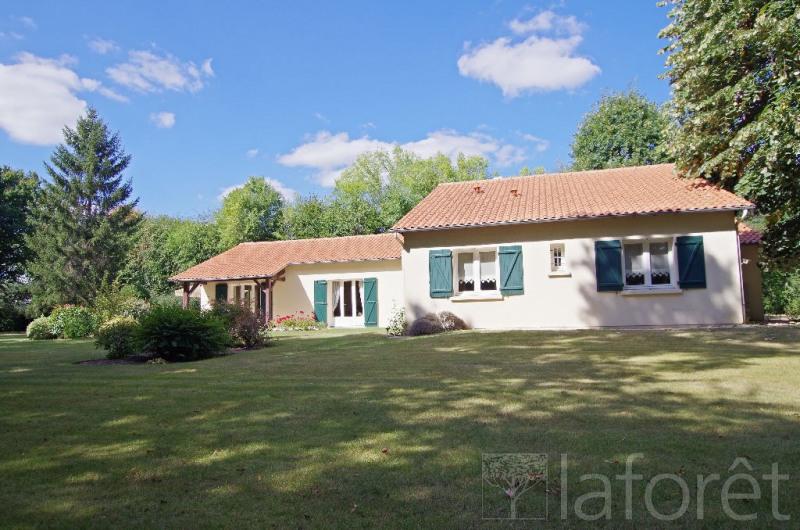 Sale house / villa Cholet 372750€ - Picture 2