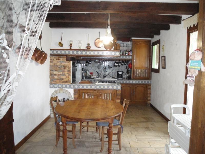 Sale house / villa Chef boutonne 210000€ - Picture 8