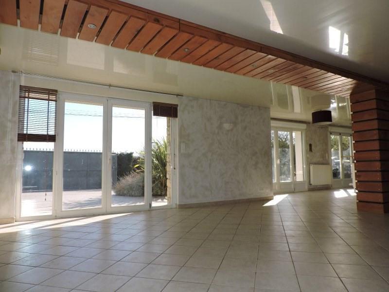 Location maison / villa Brax 890€ CC - Photo 3