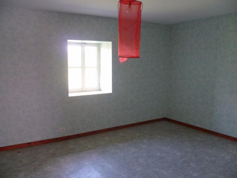 Vente maison / villa St laurent de chamousset 80000€ - Photo 9