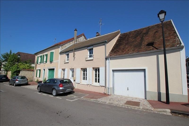 Location maison / villa La queue en brie 990€ CC - Photo 1