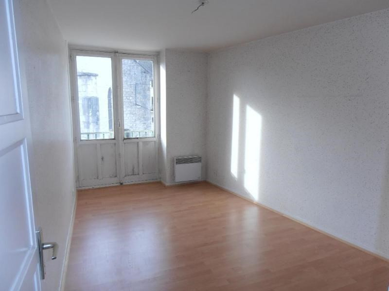 Rental apartment St germain de joux 362€ CC - Picture 4