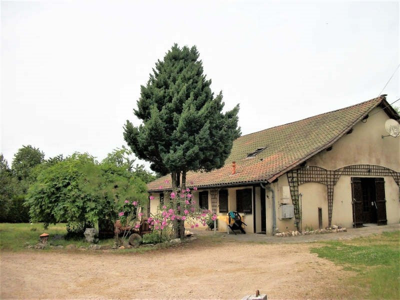 Sale house / villa Ladignac le long 104000€ - Picture 1