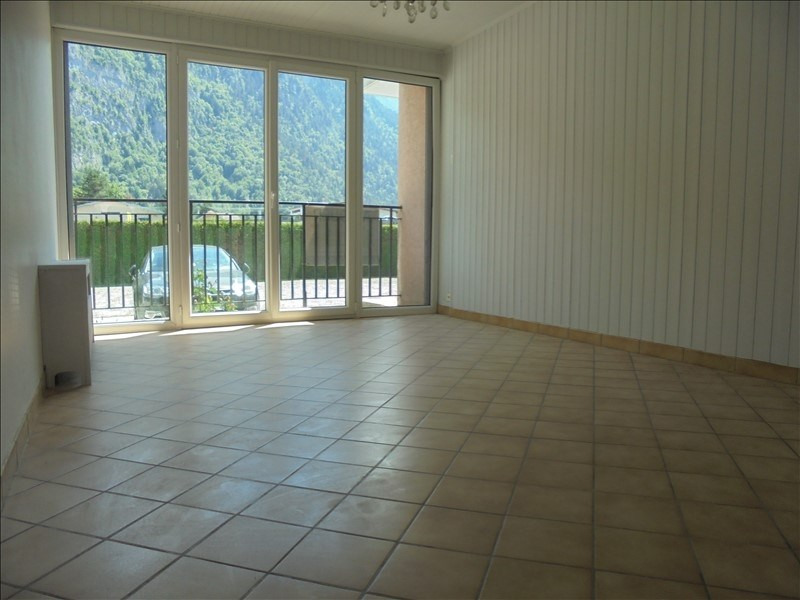 Location appartement Cluses 790€ CC - Photo 2