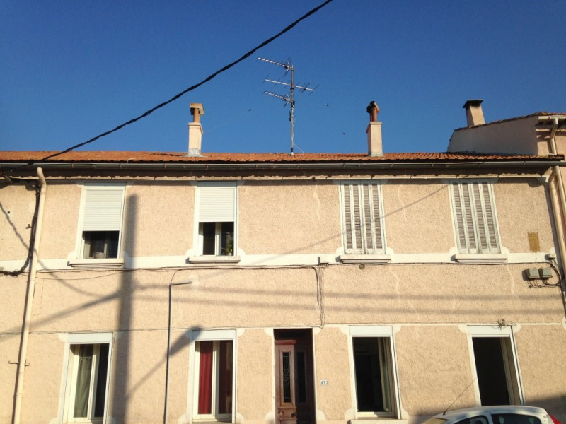 Investment property building Toulon 330000€ - Picture 1