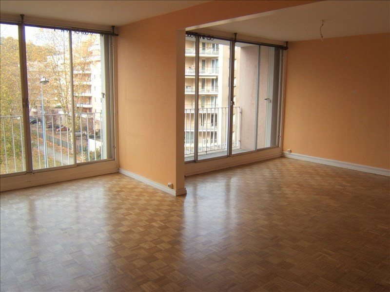 Sale apartment St etienne 60 000€ - Picture 1