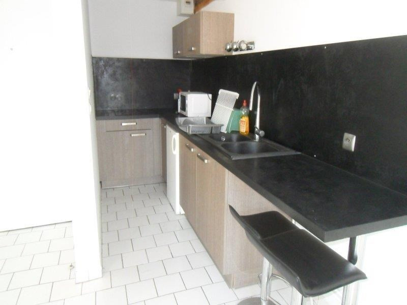 Location appartement Troyes 400€ CC - Photo 3