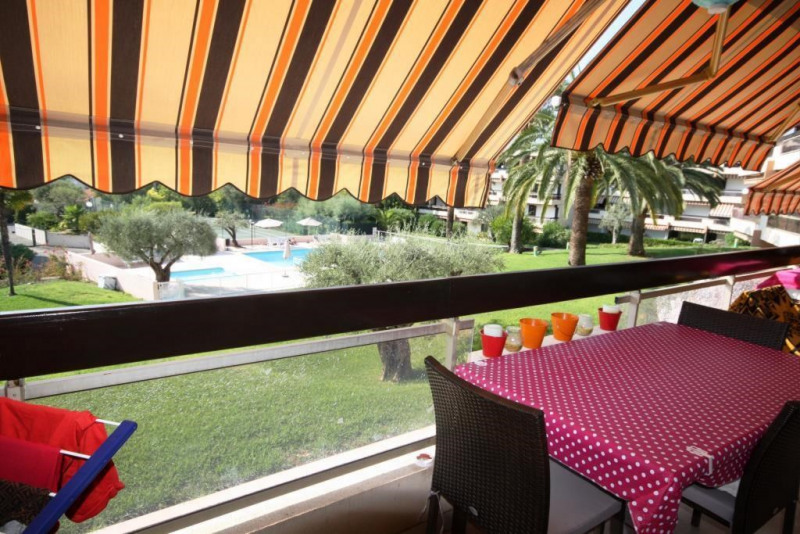 Sale apartment Antibes 297000€ - Picture 3