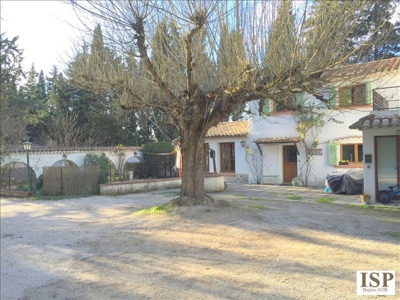 Location maison / villa Les milles 1685€ CC - Photo 3