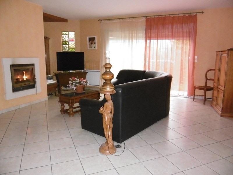 Sale house / villa Montpon menesterol 158000€ - Picture 2