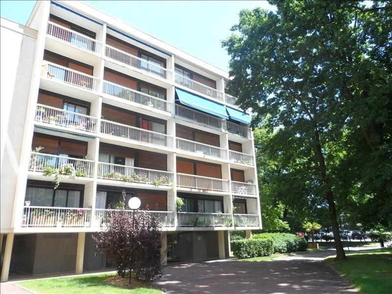 Sale apartment Verrieres le buisson 230000€ - Picture 1