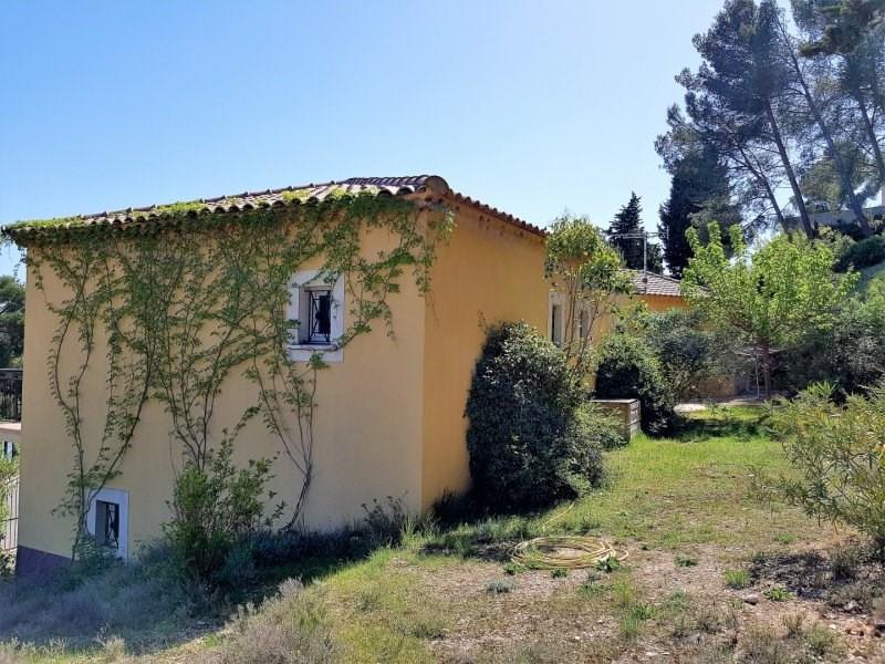 Sale house / villa Villeneuve les avignon 530000€ - Picture 9