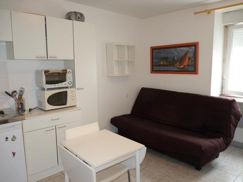 Rental apartment La roche sur yon 302€ CC - Picture 1