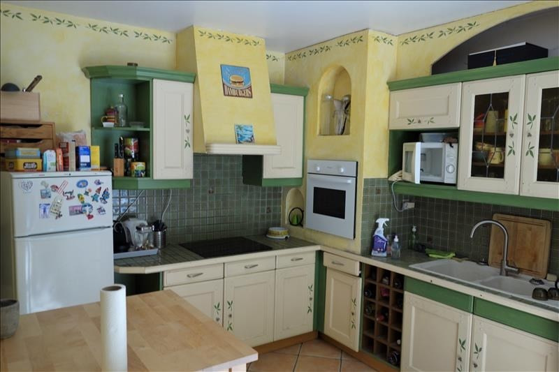 Location maison / villa Carnoux 1400€ CC - Photo 5