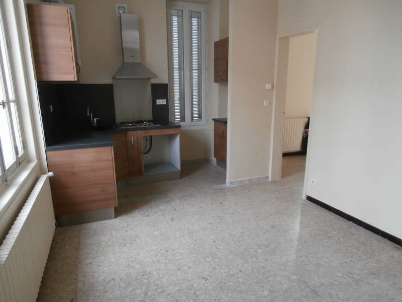 Location appartement Salon de provence 565€ CC - Photo 4