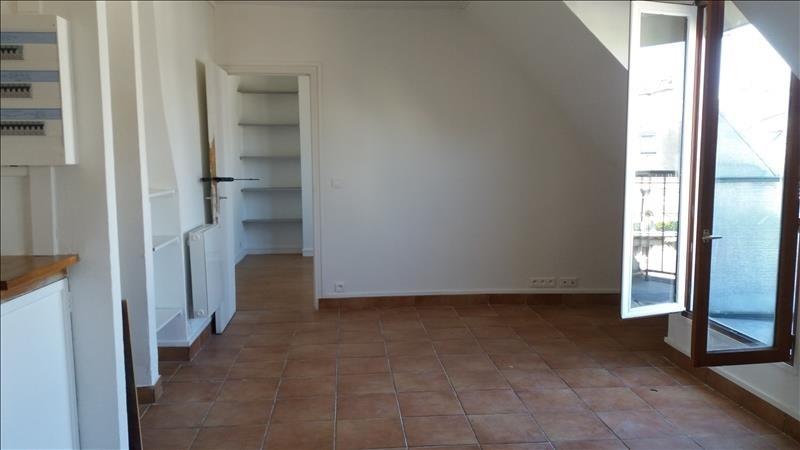 Locação apartamento Paris 10ème 1300€ CC - Fotografia 1