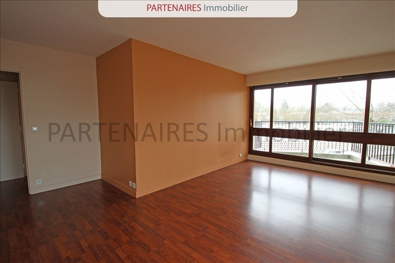 Sale apartment Le chesnay 300 000€ - Picture 1
