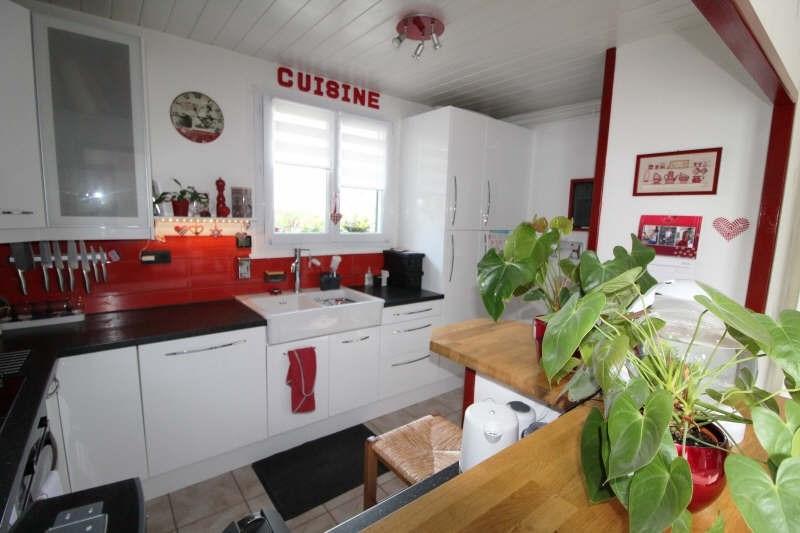 Sale house / villa Maurepas 451000€ - Picture 3