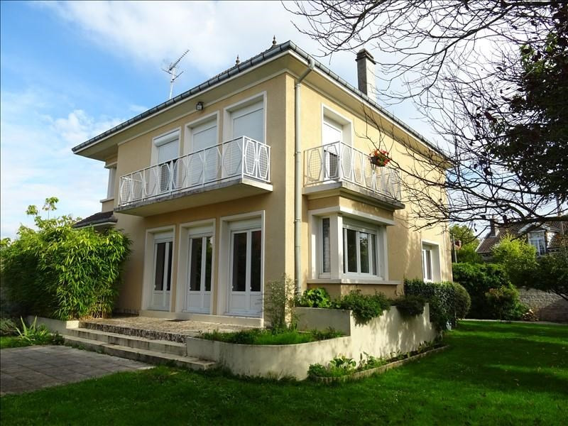 Sale house / villa Troyes 320000€ - Picture 1