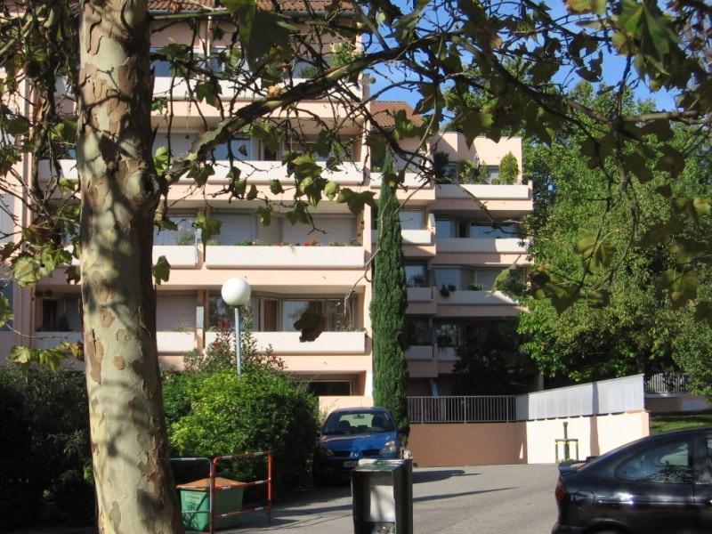 Verhuren  appartement Saint genis laval 690€ CC - Foto 5