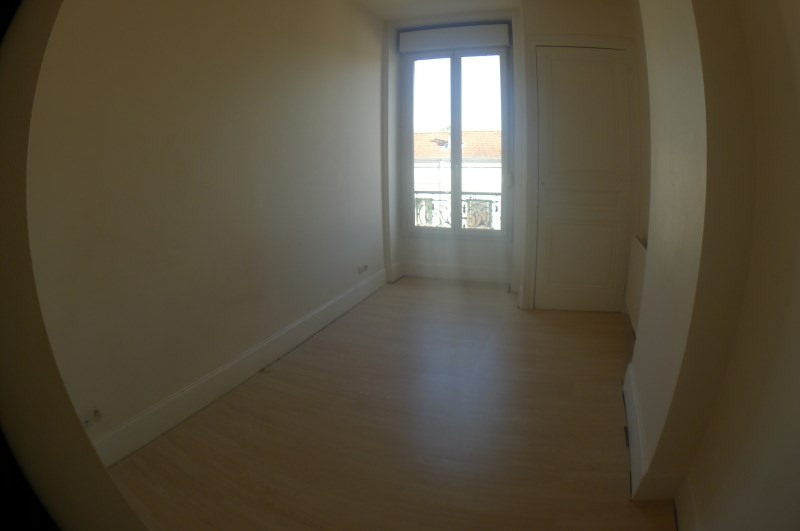出租 公寓 Oullins 679€ CC - 照片 2