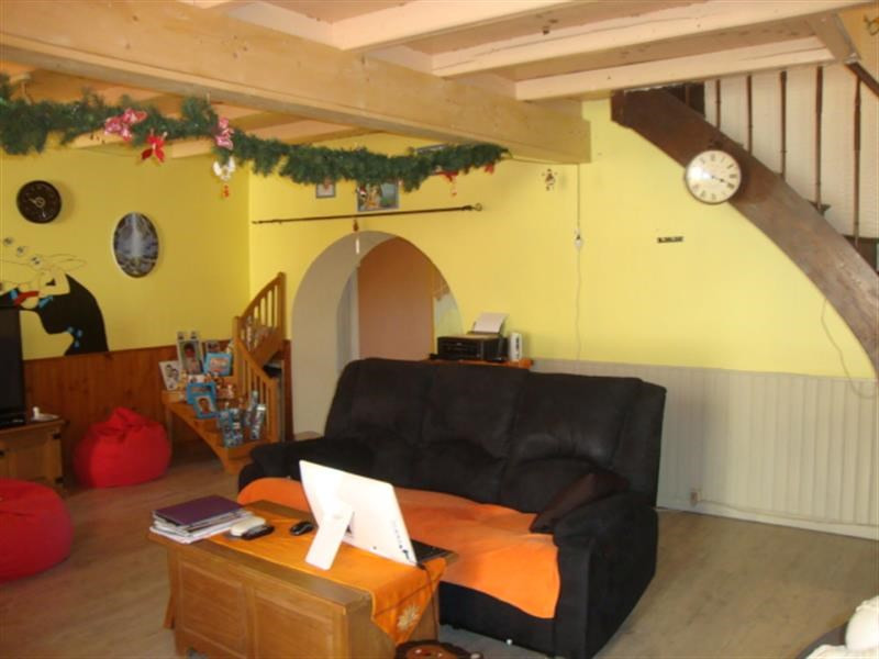 Sale house / villa Tonnay-boutonne 143700€ - Picture 5