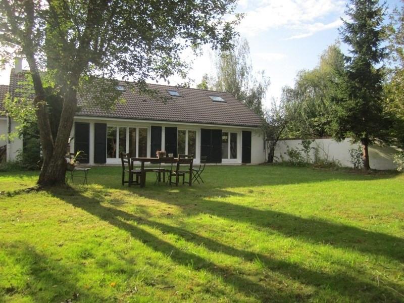 Rental house / villa Voisins le bretonneux 2200€ CC - Picture 1